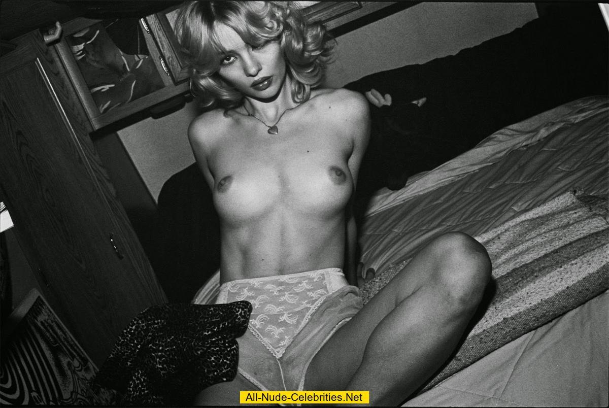 hood white girls nude