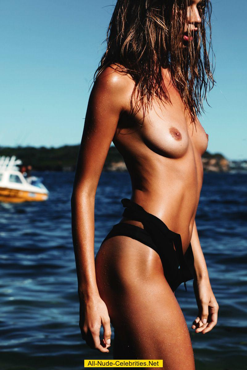 Avril alexander topless new pictures