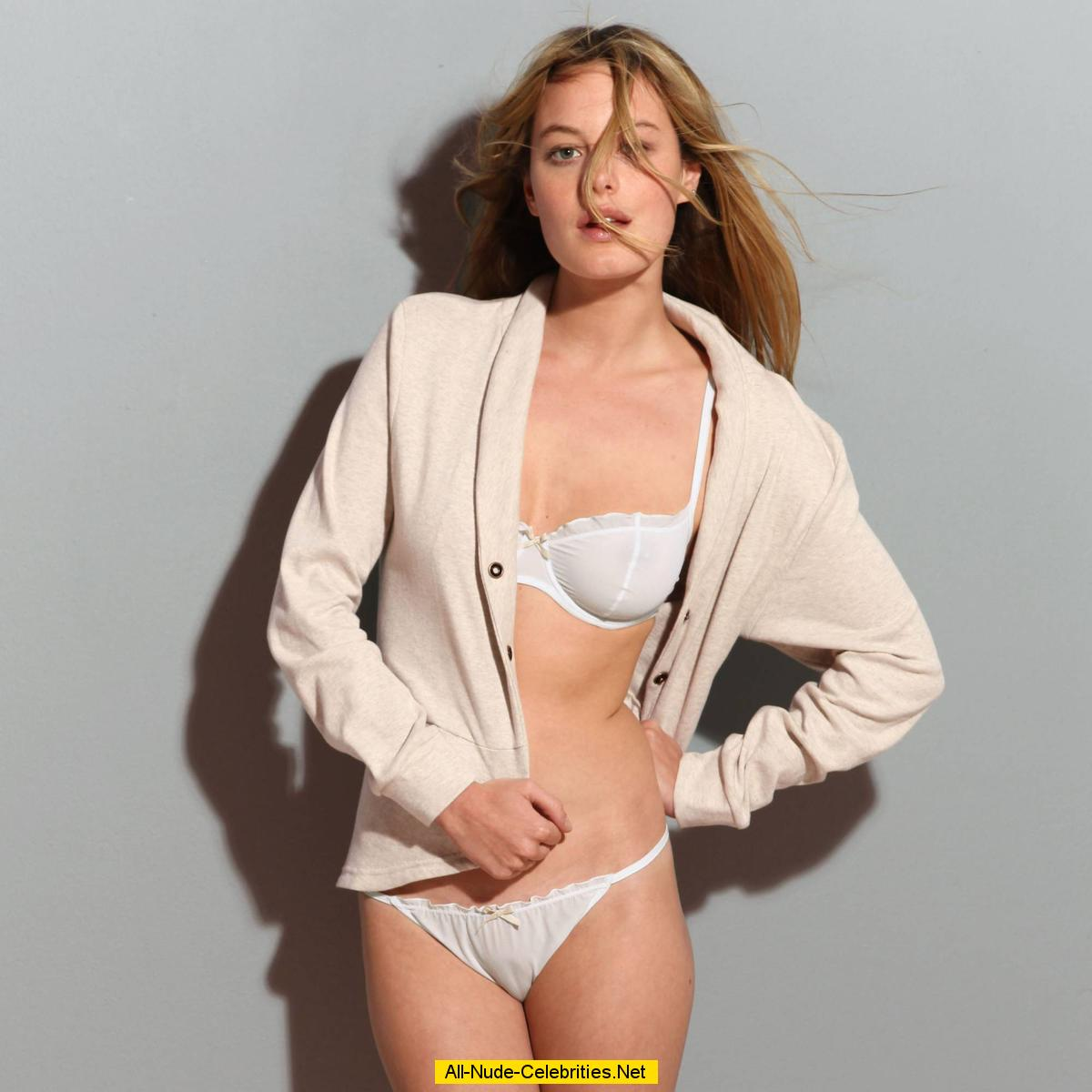 camille rowe sexy and topless posing scans