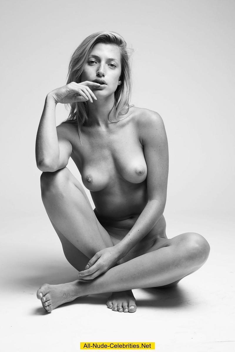 Lea seydoux nude farewell my queen 2012 - 1 part 7