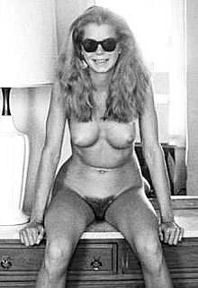 Kristine DeBell fully nude posing photos