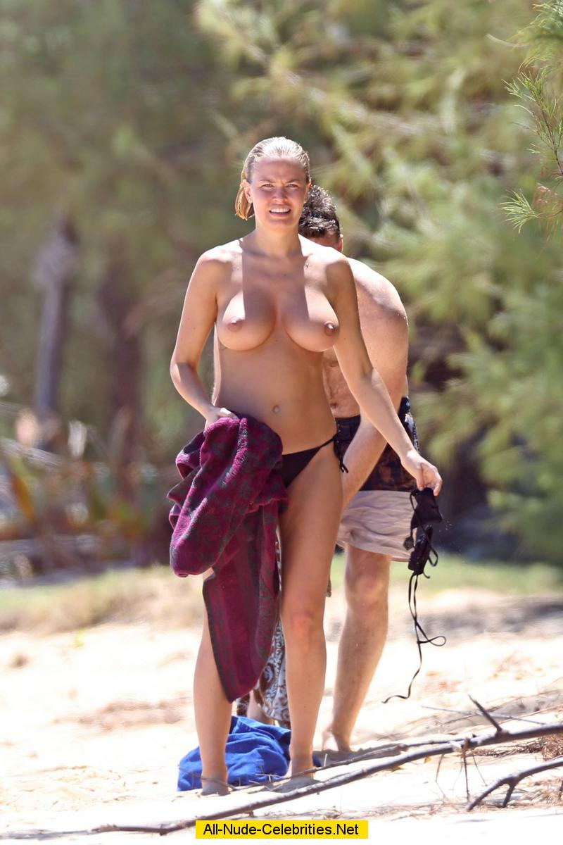 Can not Vanessa hudgens topless on a beach good idea