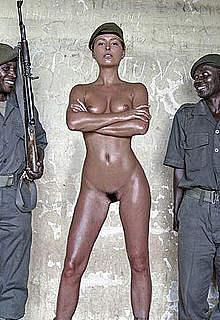 Marisa Papen sexy and nude posing photos