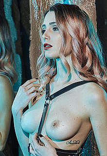 Sadie Gray topless and fully nude images