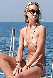 Victoria Hervey pokies and topless on a yacht